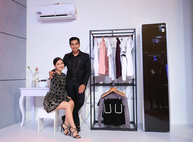 Vợ chồng nghệ sĩ Ngọc Lan và Thanh Bình sử dụng LG styler để bảo vệ phong cách thời trang cao cấp