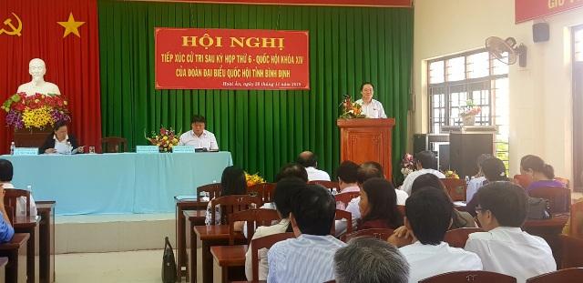 Bộ trưởng Phùng Xuân Nhạ tiếp xúc cử tri tại tỉnh Bình Định ngày 28/11