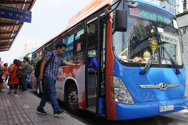 Tuyến xe buýt số 53 với các biện pháp bít cửa nạn quấy rối tình dục