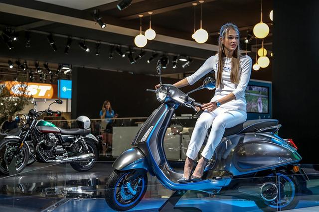 Piaggio sẽ đưa xe máy điện Vespa Elettrica về Việt Nam - 2
