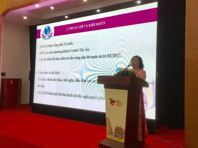 Bà Đỗ Hồng Xoan - Chủ tịch Hiệp hội Khách sạn Việt Nam, phát biểu tại buổi hội thảo