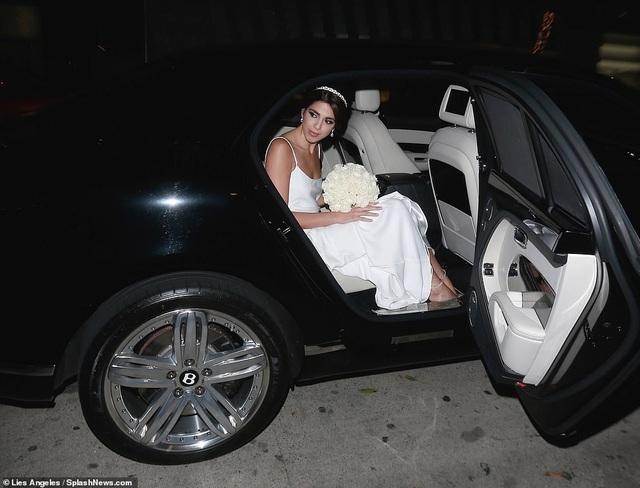Đạo diễn quái kiệt Quentin Tarantino cưới vợ lần đầu ở tuổi 55 - 27