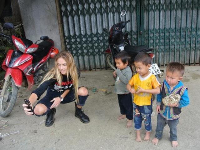 Cô gái trẻ du lịch ở Việt Nam 1 tuần trước khi bay sang Bali và bị mắc sốt xuất huyết