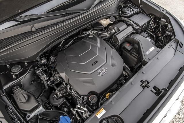 Hyundai Palisade cạnh tranh với Ford Explorer bằng giá bán - 20