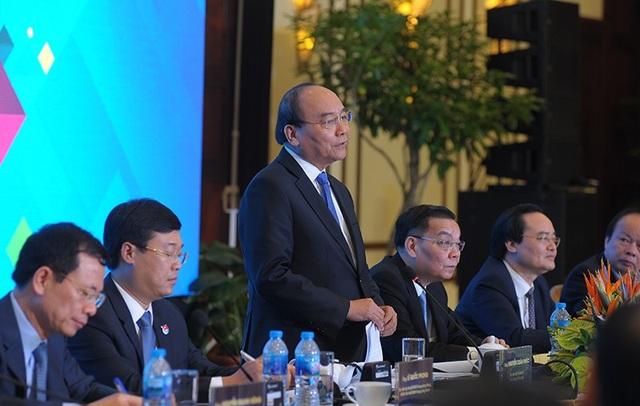 Thủ tướng Nguyễn Xuân Phúc và các lãnh đạo Bộ sẽ xem xét một cách nghiêm túc các ý kiến, đề xuất tại Diễn đàn thanh niên khởi nghiệp