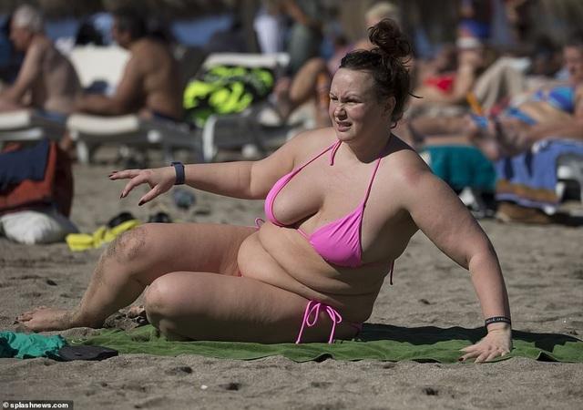 Chanelle Hayes tận hưởng kỳ nghỉ tại Tây Ban Nha ngày 28/11 vừa qua
