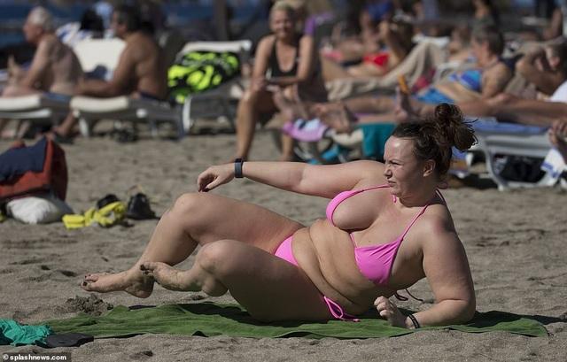 Sao truyền hình 31 tuổi thừa nhận vóc dáng nặng nề của cô đã gây ra cho cô một loạt các vấn đề sức khỏe