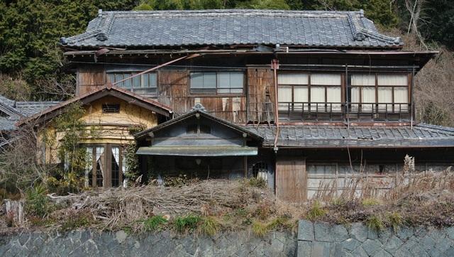 Chuyện khó tin ở Nhật Bản: Nhà được tặng... miễn phí - 2