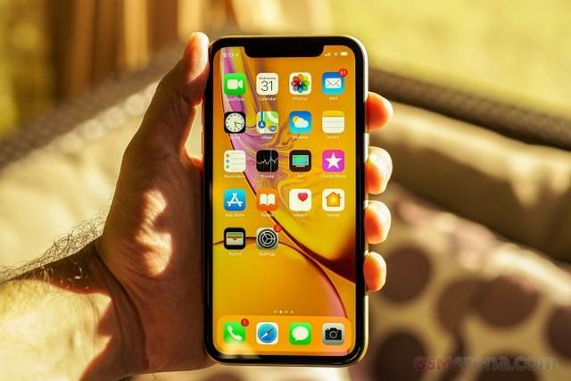 iPhone XR được cho là thất bại về doanh số nhưng Apple khẳng định là sản phẩm bán chạy nhất của mình.