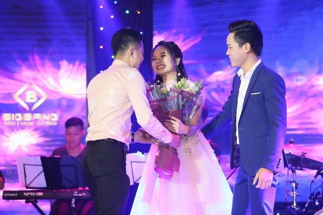 Cặp đôi Á quân 2 Tuyệt đỉnh song ca có một đêm nhạc tràn đầy cảm xúc