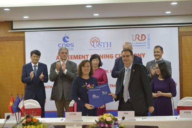 USTH triển khai ký Thỏa thuận hợp tác với Viện nghiên cứu và Phát triển Pháp (IRD) và nhiều đối tác khác để thành lập các phòng thí nghiệm liên kết quốc tế.