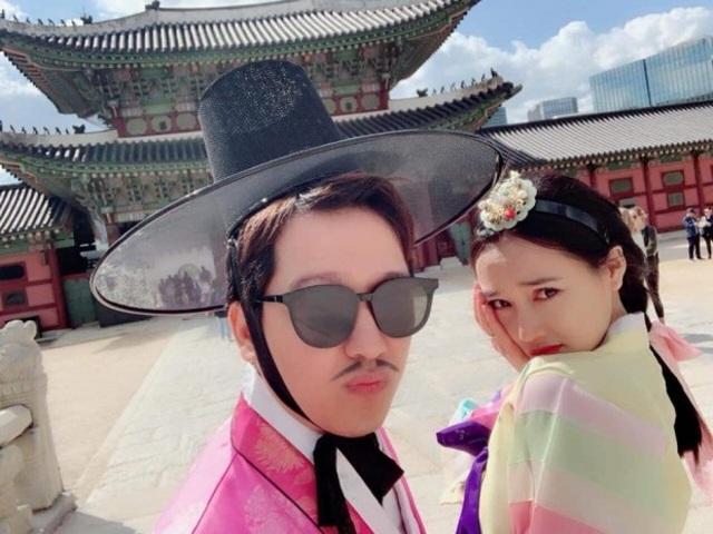 Sau khi cưới, Trường Giang liên tục khoe ảnh chụp cùng bà xã Nhã Phương trong chuyến trăng mật tại Hàn Quốc.