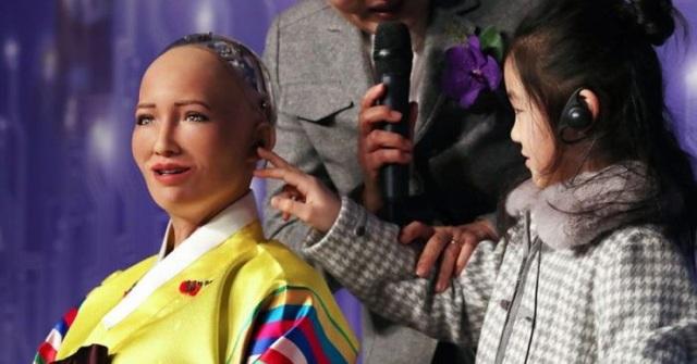 Robot Sophia sắp có em gái, Vietnamobile ngừng bán thánh SIM từ tháng 1/2019 - 3