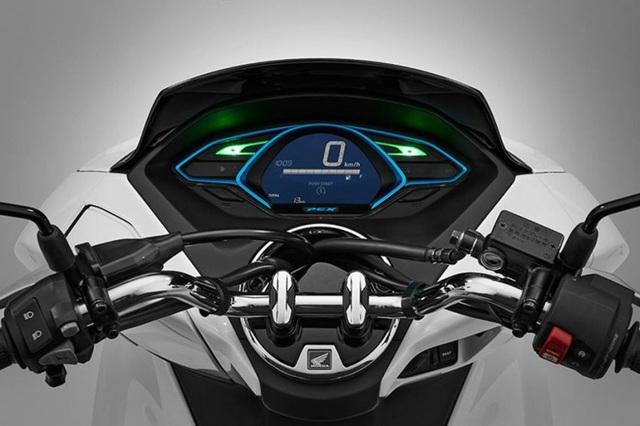 Honda bắt đầu bán xe PCX chạy hoàn toàn bằng điện - 6