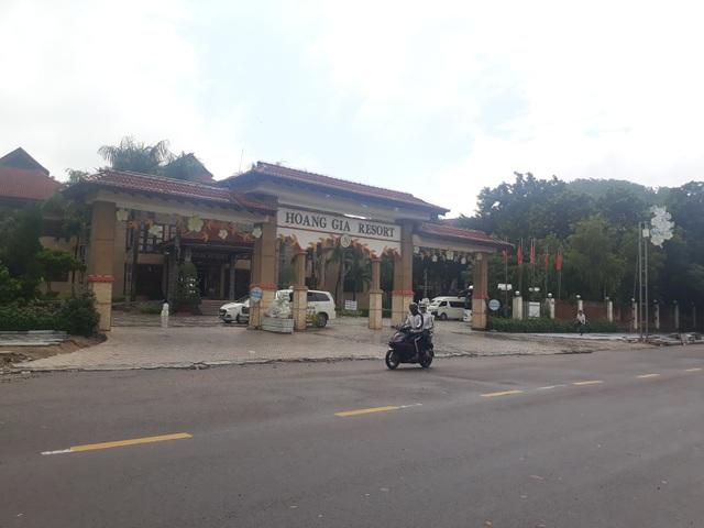 Khu resort Hoàng Gia Quy Nhơn tọa lạc vị trí đắc địa ngay bờ biển Đông Nam trung tâm TP Quy Nhơn.