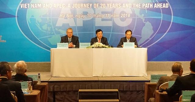 Phó Thủ tướng Phạm Bình Minh chủ trì Hội nghị sáng 30/11