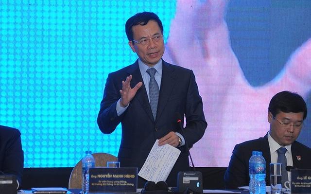 Bộ trưởng Bộ Thông tin & Truyền thông Nguyễn Mạnh Hùng
