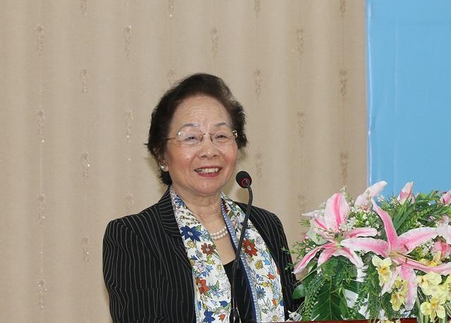 GS. TS. Nguyễn Thị Doan phát biểu tại hội nghị.