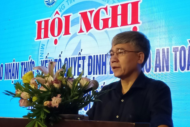 Ông Lê Thanh Hải - Cục trưởng Cục an toàn thông tin, Bộ Thông tin và Truyền thông phát biểu tại Hội nghị