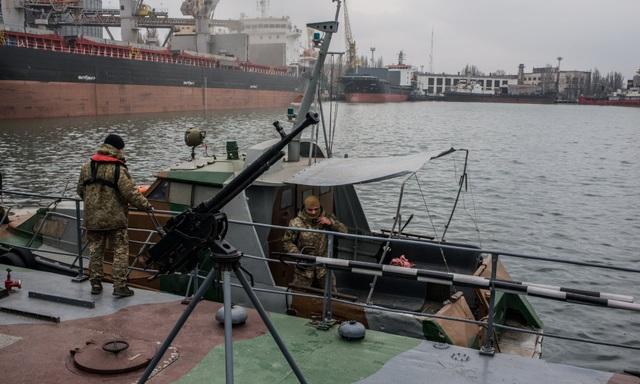 Lực lượng biên phòng Ukraine tại thành phố Mariupol (Ảnh: Getty)