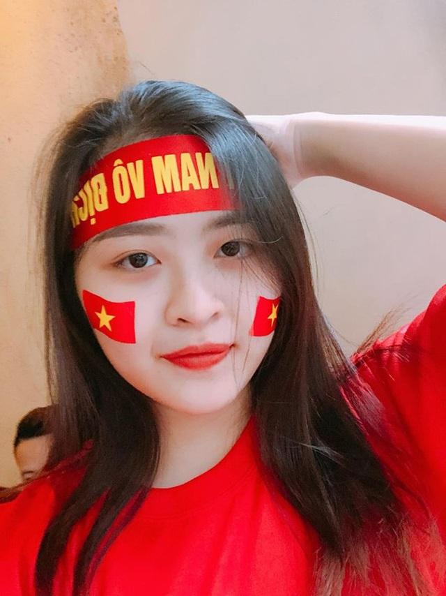 Nguyệt Hà hiện là sinh viên Đại học Văn hoá Nghệ thuật Quân đội.