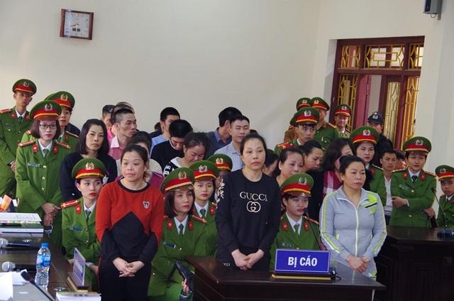 Các bị cáo trong đường dây vận chuyển mua bán trái phép ma túy từ Sơn La đưa về xuôi
