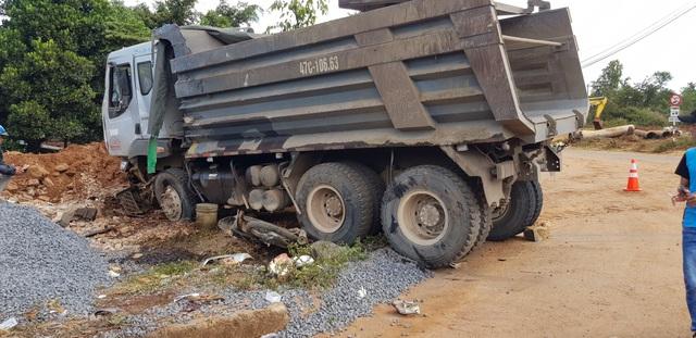 Hiện trường vụ tai nạn giao thông làm người đàn ông tử vong