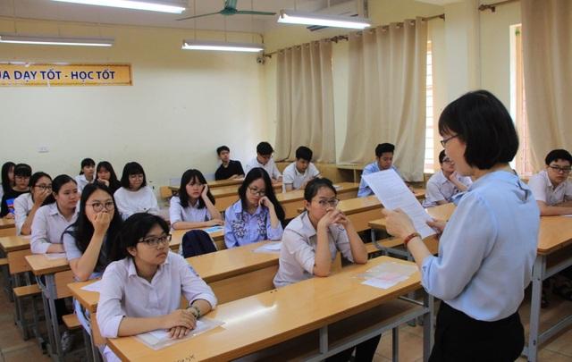 Theo nhiều giáo viên, các em học sinh không cần lo lắng bởi nội dung kiến thức và kỹ năng không nằm ngoài những gì được học tại trường. (Ảnh: L.S)