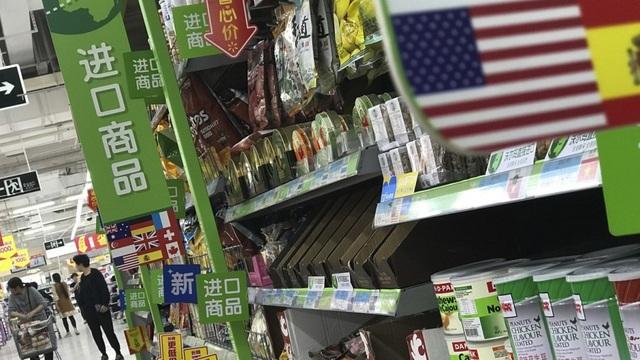 Hàng hóa Mỹ được bán trong siêu thị ở Trung Quốc (Ảnh: SCMP)