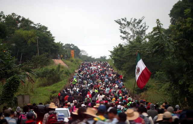 Quy mô đông đúc của đoàn người tị nạn từ các nước Trung Mỹ.