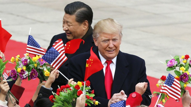 Chủ tịch Tập Cận Bình đón Tổng thống Donald Trump tại Bắc Kinh năm 2017. (Ảnh: Reuters)