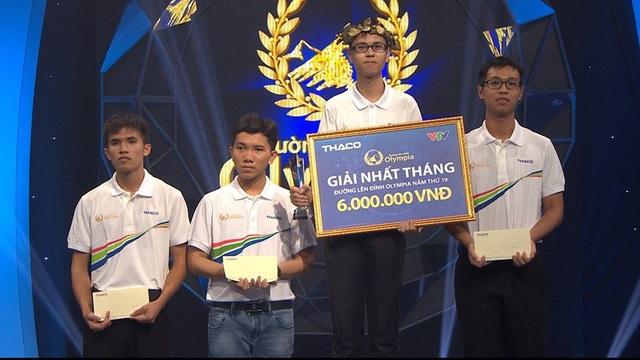Trần Thế Trung (THPT chuyên Phan Bội Châu, Nghệ An) vô địch cuộc thi Tháng 2 Quý 1
