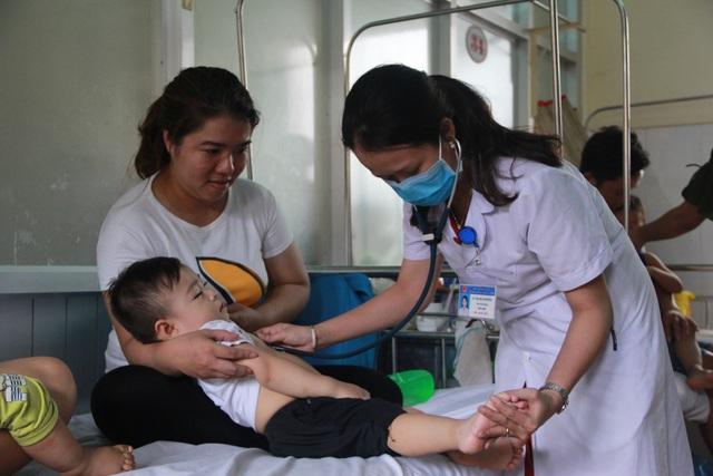 Tại Đắk Lắk có trên 500 trường hợp trẻ mắc tay chân miệng