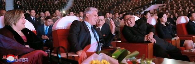 Nhà lãnh đạo Cuba cho biết ông rất cảm động trước sự đón tiếp nồng hậu của Chủ tịch Kim Jong-un, chính phủ và nhân dân Triều Tiên.