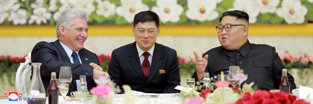 Ông Miguel khẳng định Cuba rất vui mừng khi thấy Triều Tiên luôn tiến bước trên con đường đã chọn và có sự phát triển nhanh chóng dưới sự lãnh đạo của ông Kim Jong-un.