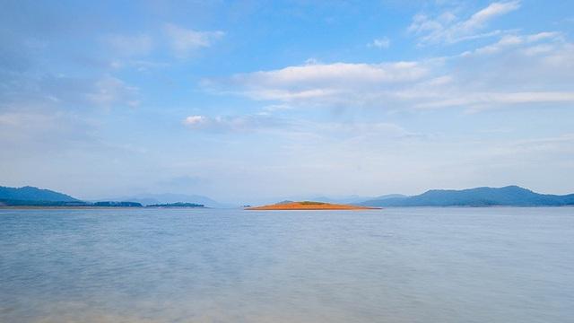 Quảng Nam: Hồ Phú Ninh mùa nước cạn đẹp như tranh vẽ - 7