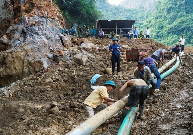 Cũng theo người phụ nữ này, khu vực xảy ra sự cố là mỏ khai thác vàng đã hoạt động trong thời gian dài.