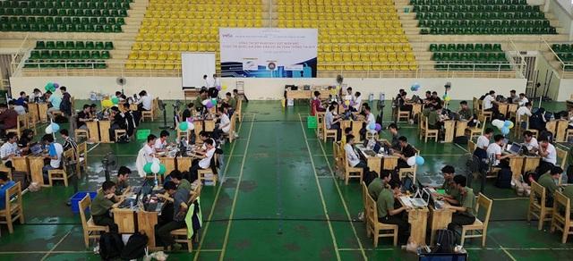 """Vòng Sơ khảo cuộc thi """"Sinh viên với An toàn thông tin"""" 2018 khu vực miền Bắc là cuộc tranh tài của 31 đội thi đến từ 12 trường."""