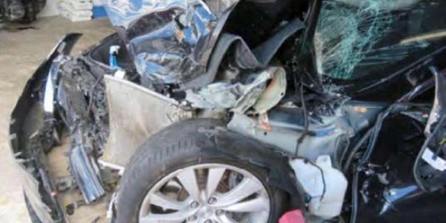 Chủ xe Model S bị tai nạn khởi kiện Tesla - 1