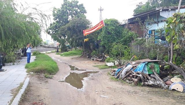 Các hộ dân ảnh hưởng dự án đường Hoàng Văn Thụ nối dài bức xúc vì bị giải tỏa trắng và đền bù không hợp lý.