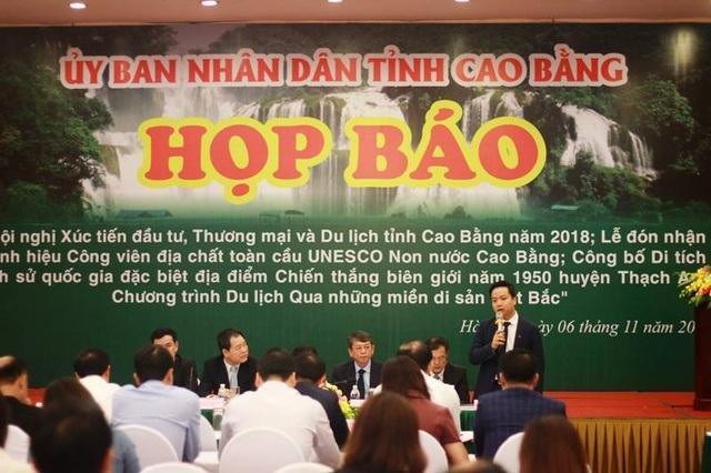 Toàn cảnh buổi họp báo diễn ra vào chiều ngày 6/11 tại Hà Nội. Ảnh: Tùng Long.