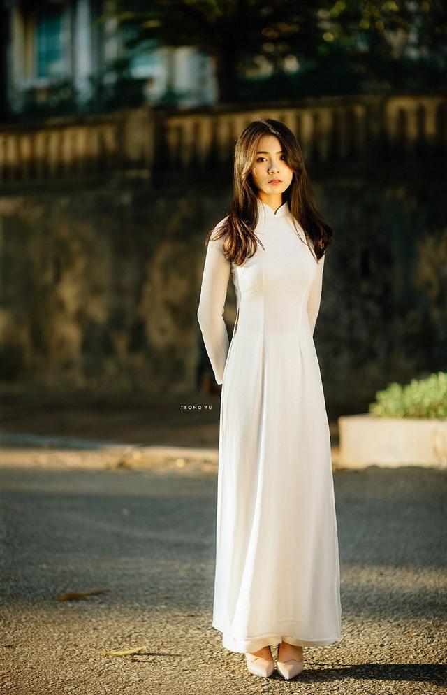"""""""Hot girl áo dài"""" Bắc Ninh lại gây thương nhớ trong bộ ảnh cuối thu - 11"""