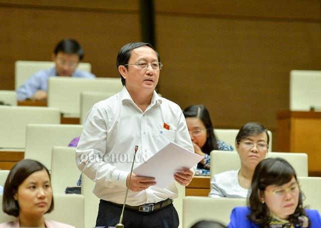 Đại biểu Huỳnh Thành Đạt – Giám đốc ĐH Quốc gia TPHCM.