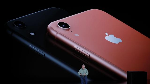 Apple cắt giảm sản xuất iPhone XR dù mới lên kệ được 2 tuần