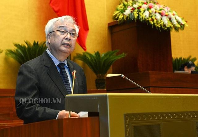 Chủ nhiệm UB Văn hoá, Xã hội, Thanh niên, Thiếu niên và Nhi đồng Phan Thanh Bình cũng từng làm Giám đốc ĐH Quốc gia TPHCM.