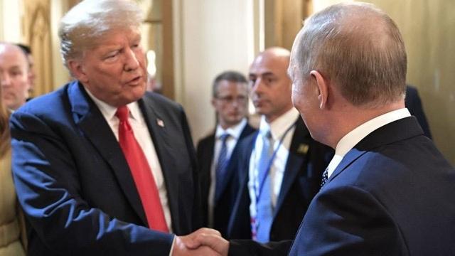 Mối quan hệ giữa ông Trump và Putin khá nồng ấm, trái ngược quan hệ 2 nước.