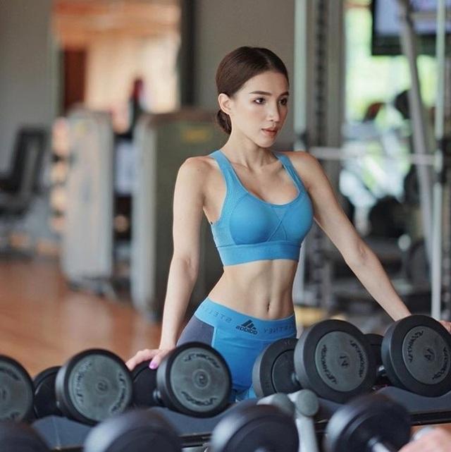 Là một ngôi sao fitness nên Ann rất chăm rèn luyện hình thể.