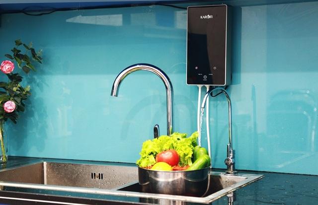 Nên thường xuyên dùng nước diệt khuẩn để vệ sinh các thiết bị, dụng cụ để tránh tích tụ vi khuẩn