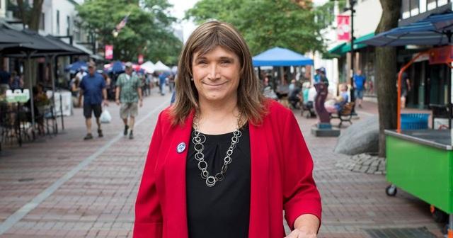 Bà Christine Hallquist (Ảnh: NBC)