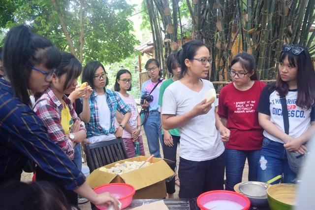 """Đến với Triêm Tây, """"An Nhiên farm"""", du khách sẽ được nghe những câu chuyện về ngôi làng mang trong mình những giá trị văn hóa lịch sử và cảnh quan tự nhiên của một ngôi làng thuần Việt."""